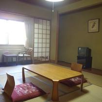 *【客室例】和室10畳/お部屋でごろごろ手足を伸ばしてのんびり…