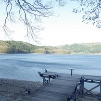 *【周辺】信州・青木湖/日本でも有数の透明度を誇る湖です。