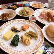 *【朝食/一例】1日の始まりは朝食から!※日によりバイキング又は和定食でのご用意