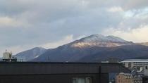 冠雪した比叡山