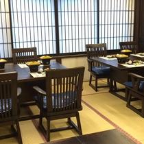 *【お食事場所】広間にテーブルをご用意しておりますので、お座敷が苦手な方も安心です。