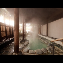 【露天風呂】男女それぞれに露天風呂があります