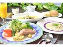 ウインナー&エッグとスープスパゲティーdeご朝食♪