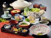 【ふぐづくし会席】ちょっと贅沢にふぐを味わうプランです♪※お食事一例となっております。