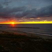 曇りの中の夕日