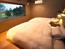 メゾネットタイプ寝室