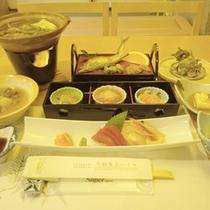 *【夕食一例】旬の味覚をお楽しみ下さい。