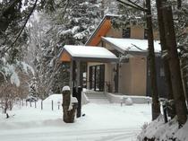 施設 エントランス冬景色13