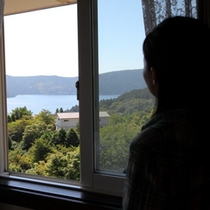 客室から望む箱根芦ノ湖