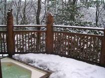 4.雪の時期になると、雪見露天も楽しめる♪