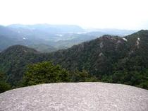 弥三郎岳へ3