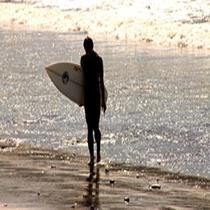 サーフボードと海★