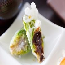 朝食(和食)九品プレートの一品【ふきのとう】