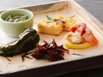 前菜5品(夕食一例)/レストラン