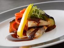 賀茂茄子とお魚の鴨焼き(夕食一例)/レストラン