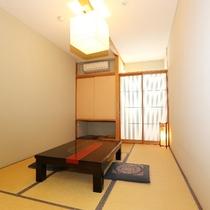 03 [6帖和室] みなづき(2):畳と木の空間