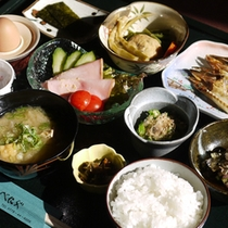 *旅館定番の和朝食をご用意いたします