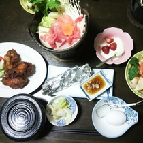 *【夕食全体例】ボリュームある、どこか懐かしさを感じられるお食事に舌鼓。