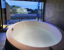 NEW スーペリアルーム3半露天風呂