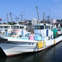 *漁師の主人が獲ってくる新鮮な魚介類が自慢です!