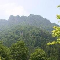 【妙義山】日本三大奇山と言われる変わったお山です。