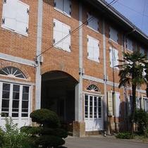 世界遺産登録決定!「富岡製糸場」は当館から車で約15分
