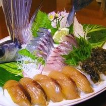 トビウオの刺身と島寿司