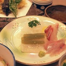 *【夕食一例/刺身盛り合わせ】