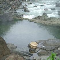露天風呂/開放感のある風景の中、浸かる時間は至福の時。◎冬季平日(月~金)はお休みしております。