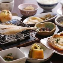 朝食にも「 手作り料理を、お楽しみください 」