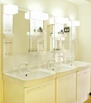 共用洗面化粧台