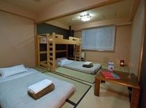 和室ツインルーム(トイレ・シャワー付き)