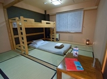 和室シングルルーム(トイレ・シャワー付き)