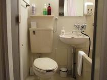 和室のトイレ・シャワー付き水まわり