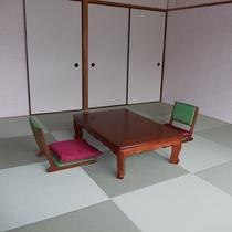 ④琉球和室 8畳+広縁 定員4名様 トイレ付き・禁煙