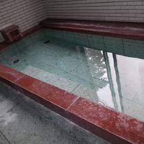 ④伊東温泉 大小の内湯2か所