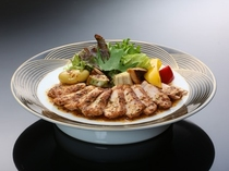 耳納豚ステーキ