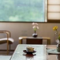 【本館/和室】小野川温泉街の景色が楽しめます