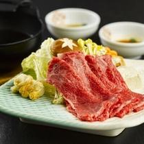 【ジューシーな米沢肉】日本三大和牛の米沢牛のとろけるような食感を味わってみて下さい