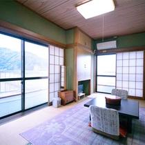 *客室一例/海側のお部屋からは駿河湾を一望!花火大会もご覧いただけます☆