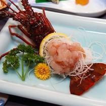 *伊勢海老付き会席一例/新鮮な西伊豆産の伊勢海老は、プリプリの食感が堪能できる活き造りが人気♪