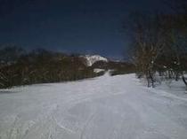 赤倉観光リゾートスキー場(車で3分)