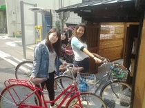 外国人ゲストに人気のレンタサイクル。自転車があれば大阪市内はどこへでも行けますよ!