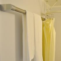 タオル掛けは、ユニットバスに合わせた特注品