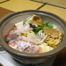 *【夕食一例】季節が薫る山の幸は近くの妙高山から。新鮮な海の幸は近くの日本海から。