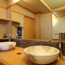 4階数寄屋風特別室の洗面