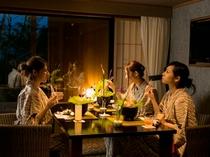 福地Aタイプ/ご夕食はお部屋のダイニングでごゆっくりと(写真は441号室デッキテラス付き)