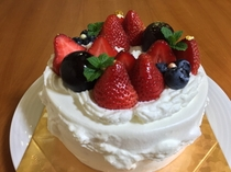 記念日にケーキ☆(生クリームの一例・別料金・要予約)