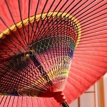玄関を彩る傘