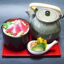 【白浜の恵会席】かつお茶漬け 香の物